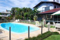 Casa alto padrão a venda em Torres