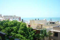Apartamento com linda vista da praia
