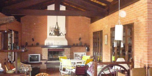 Ótima casa para venda Torres