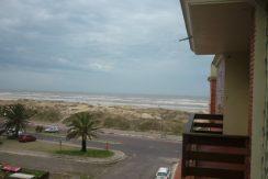 Apartamento em Torres frente ao mar