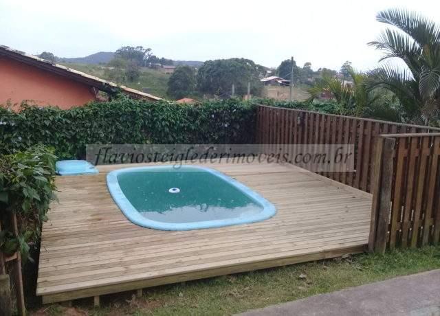 Casa com piscina para alugar na Praia do Rosa SC