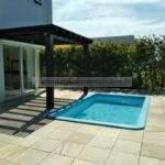 Casa alto padrão e com piscina em condomínio fechado para aluguel